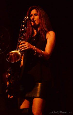 Ep 097 – Dana Robbins; Working with Aretha Franklin